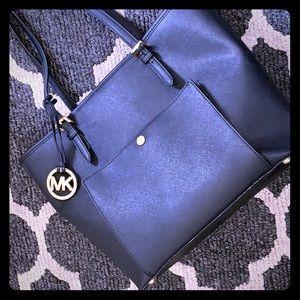 [Michael Kors] large tote style purse